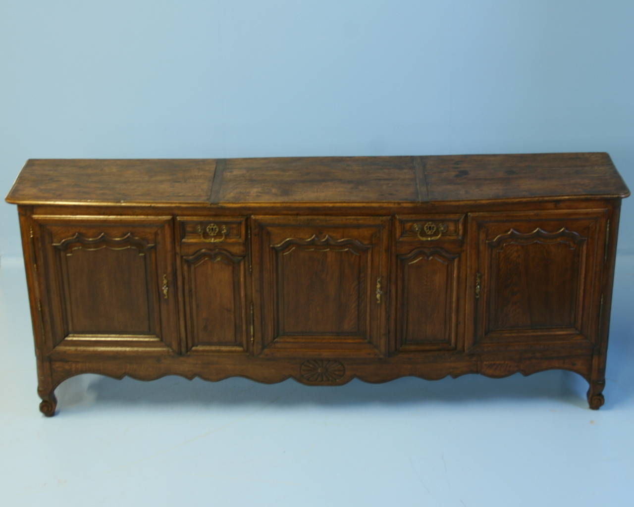 antique long french sideboard buffet circa 1780 1820 at 1stdibs. Black Bedroom Furniture Sets. Home Design Ideas