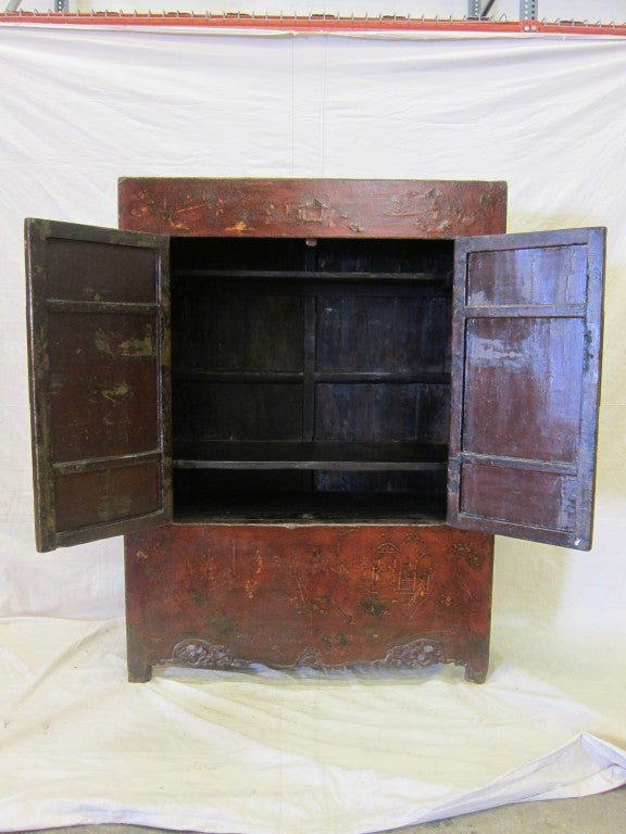 18th Century Chinese Cabinet In Excellent Condition For Sale In New York, NY