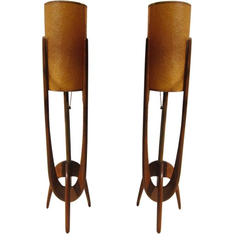 pair mid century teak wood lamps at 1stdibs. Black Bedroom Furniture Sets. Home Design Ideas