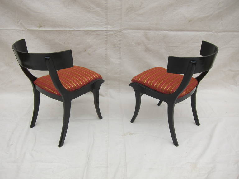 Pair of 19th Century Klismos Chairs In Good Condition For Sale In New York, NY