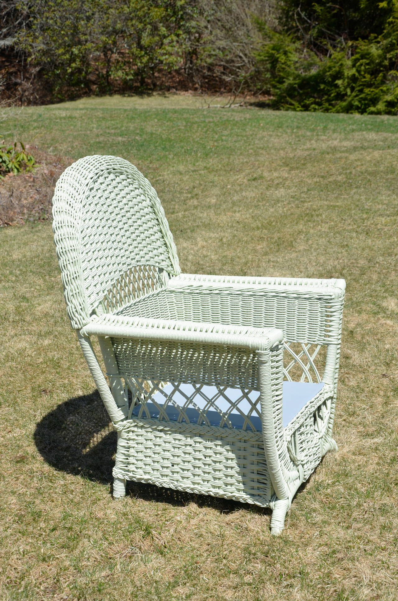 American High Style Antique Wicker Parlor Set For Sale