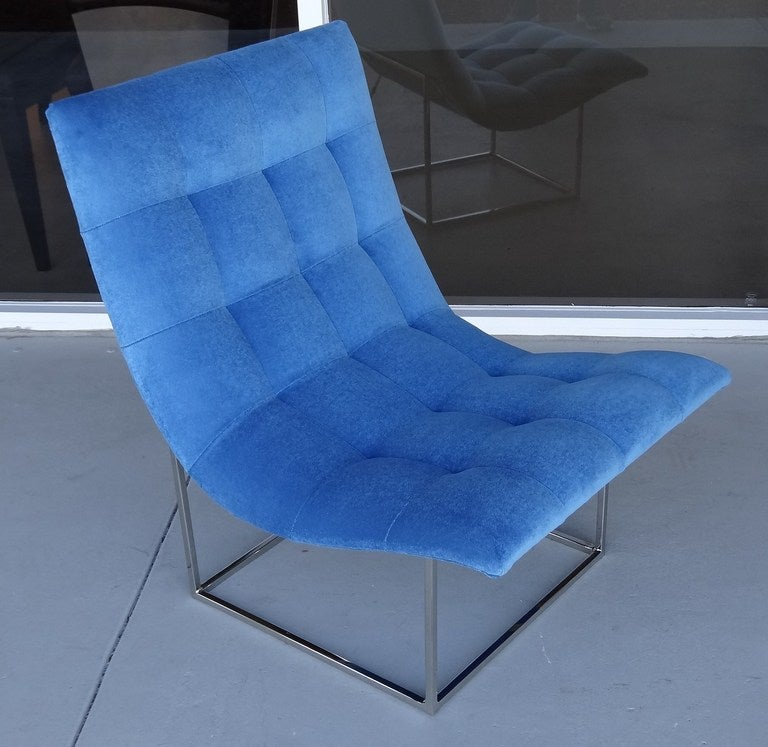 Pair of Milo Baughman Scoop Lounge Chairs image 2