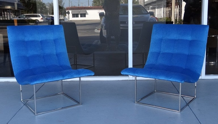 Pair of Milo Baughman Scoop Lounge Chairs image 8