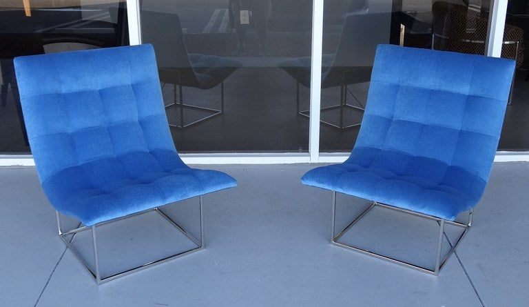 Pair of Milo Baughman Scoop Lounge Chairs image 9