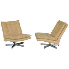 Pair of Asterisk Bases Swivel Chairs by Milo Baughman