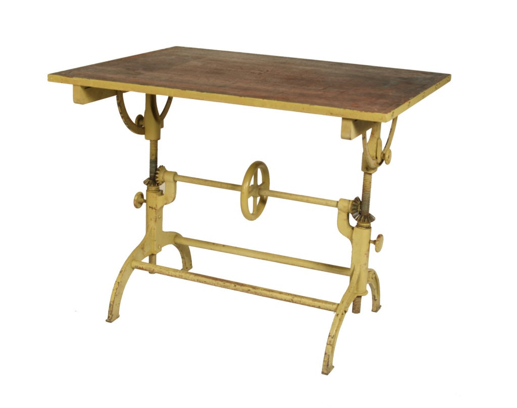 Cool vintage industrial architects drafting table at for Table qui se rabat