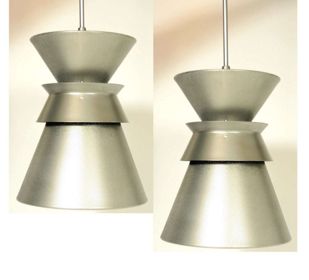 Mid century modern pendant lights at 1stdibs for Mid century modern light fixtures