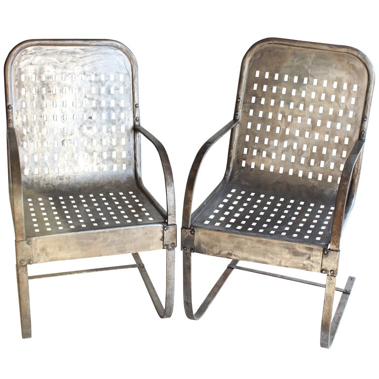 Vintage gargen metal lounge chairs at 1stdibs Vintage metal garden furniture