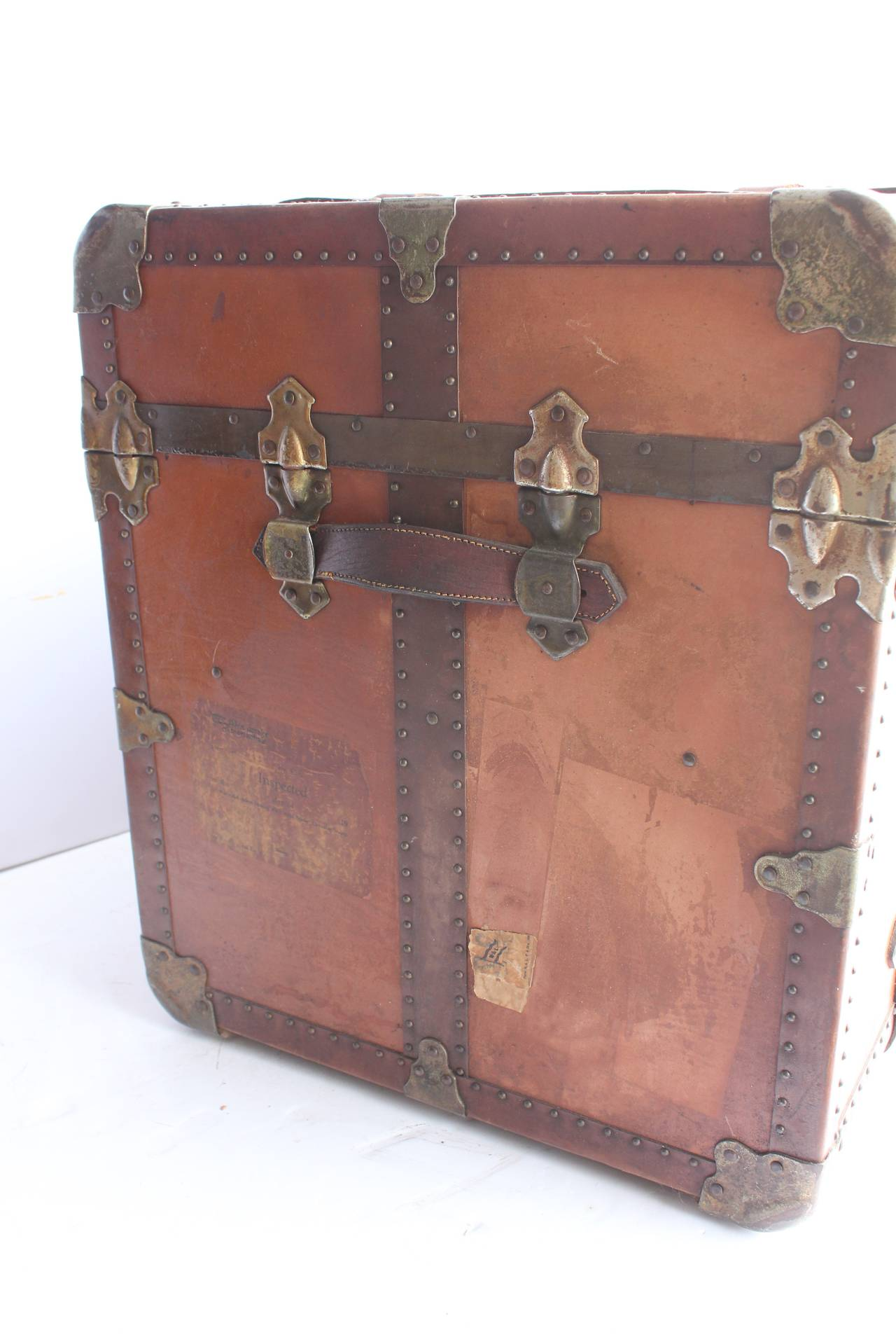 Antique Leather Trunk Or Coffee Table At 1stdibs