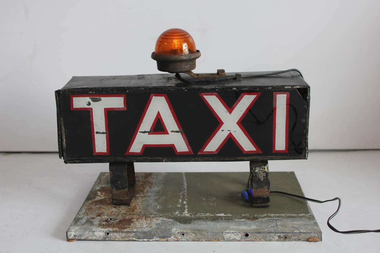 early 1900s light up taxi sign for sale at 1stdibs. Black Bedroom Furniture Sets. Home Design Ideas