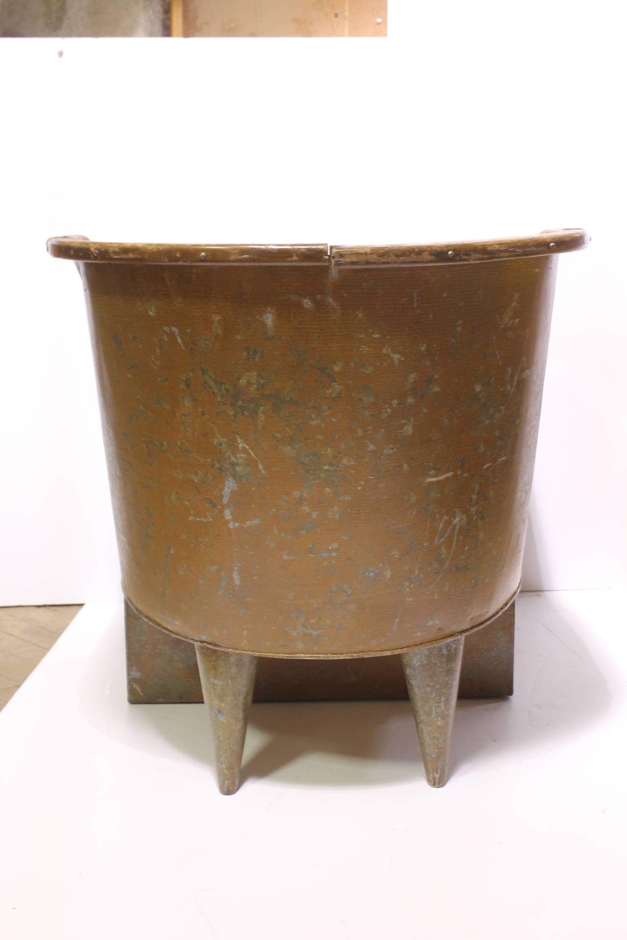 Tin bathtub 28 images antique c 1880victorian tin for Old tin baths for sale