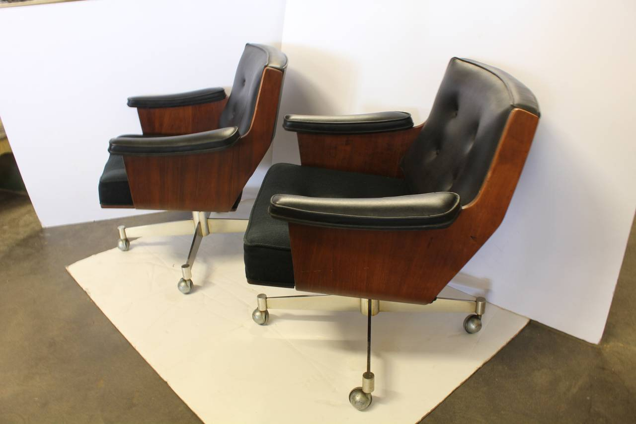 Mid Century Executive Swivel Desk Chair By Thonet With Shepherd Wheels. We  Have More Chairs