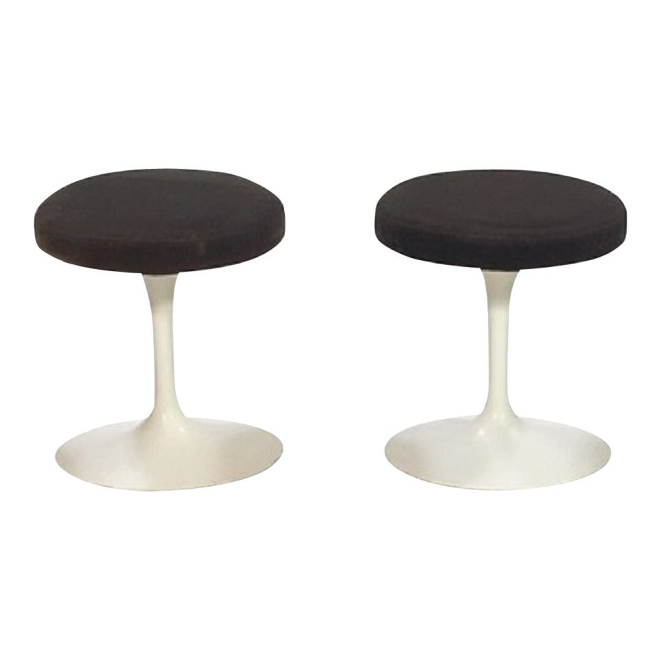 1957s Eero Saarinen Stools for Knoll