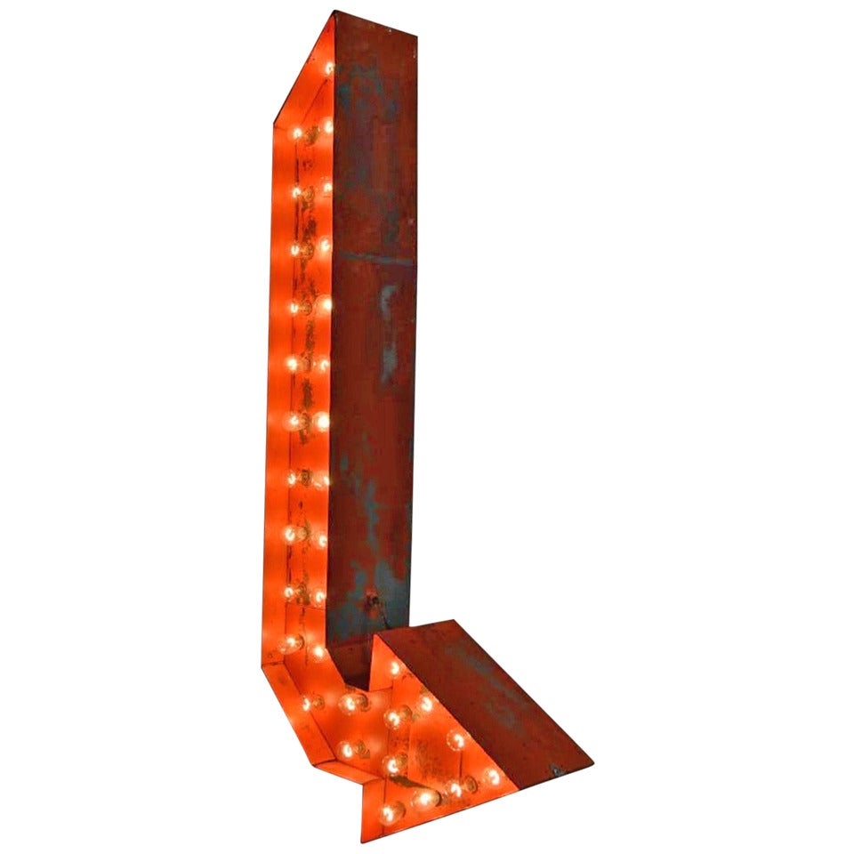 Vintage Double-Sided Light Up Arrow Sign