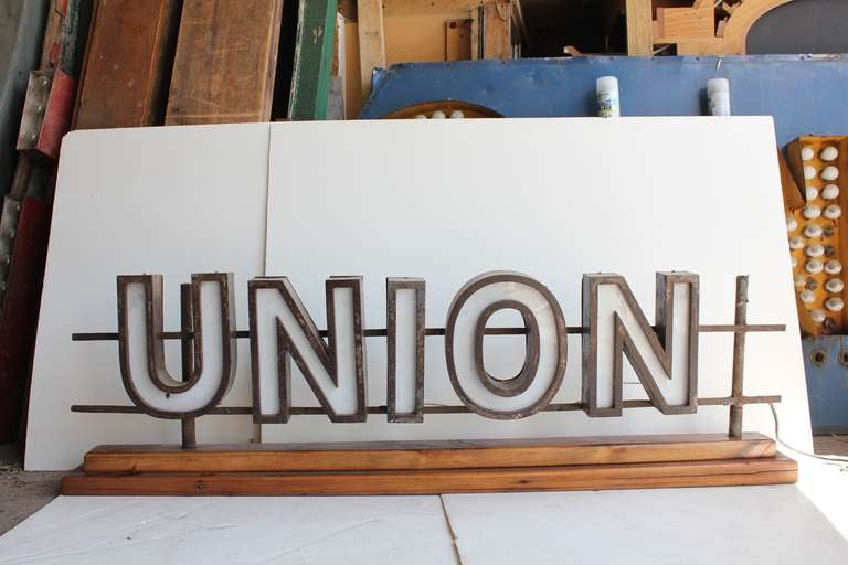 "1930's Light Up Sign "" UNION"" image 2"