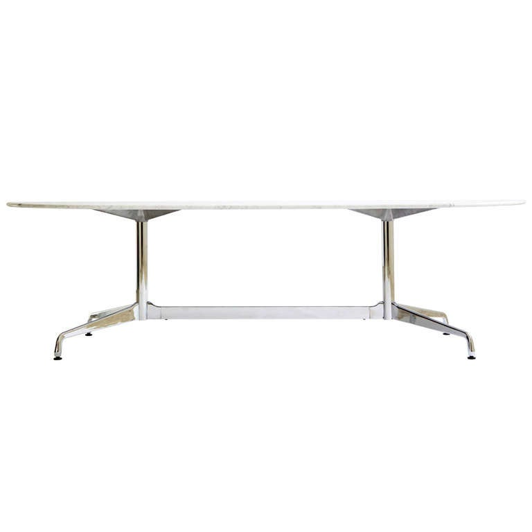 Charles eames dining table or desk at 1stdibs for Table ronde charles eames