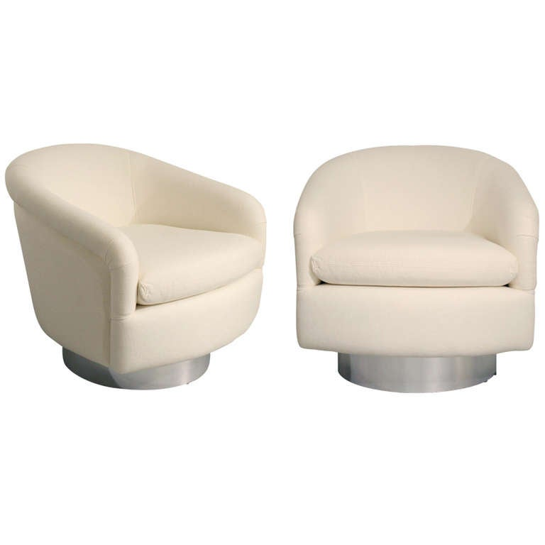 Pair of Milo Baughman Chrome Swivel Barrel Chairs at 1stdibs