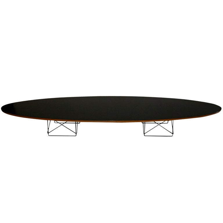 eames surfboard elliptical coffee table by herman miller. Black Bedroom Furniture Sets. Home Design Ideas