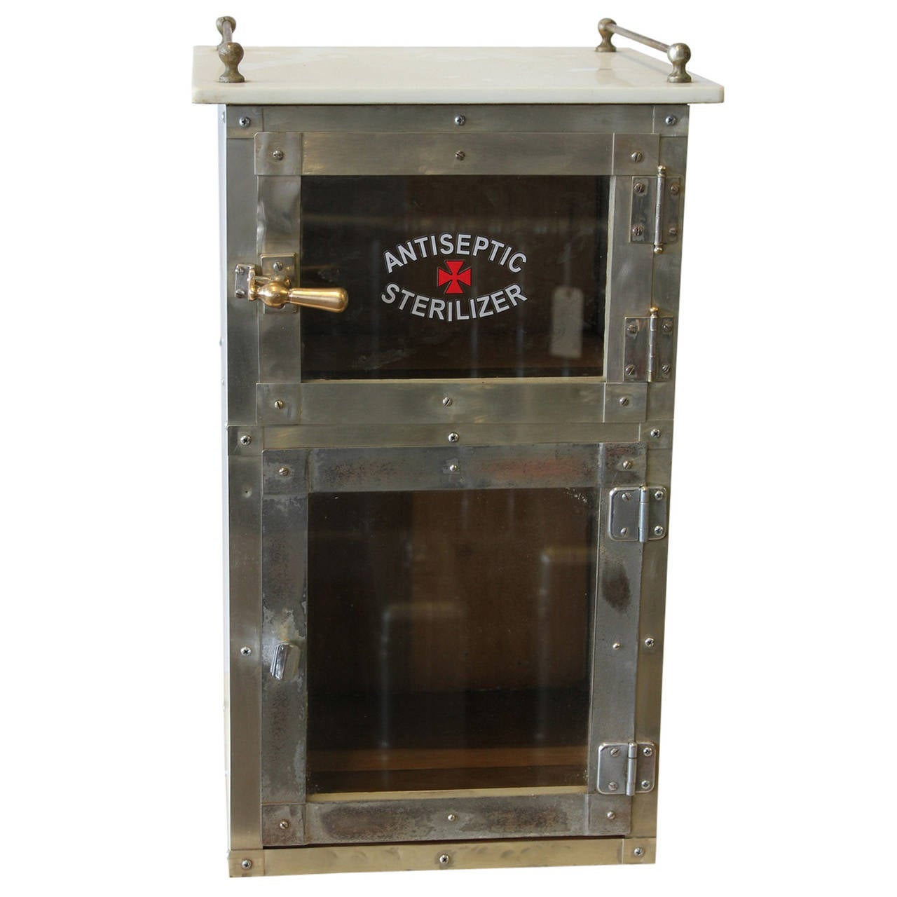 Incroyable Vintage Barber Shop Chrome Cabinet For Sale