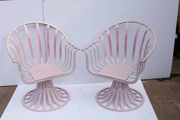 Mid Century aluminum lounge chairs by Russell Woodard. Original paint.