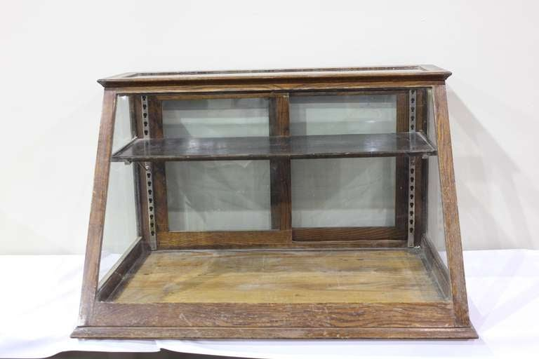 American Antique Oak Counter Display Cabinet/ Showcase For Sale - Antique Oak Counter Display Cabinet/ Showcase At 1stdibs