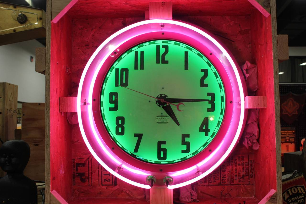 Large 1950s Cleveland Neon Clock At 1stdibs