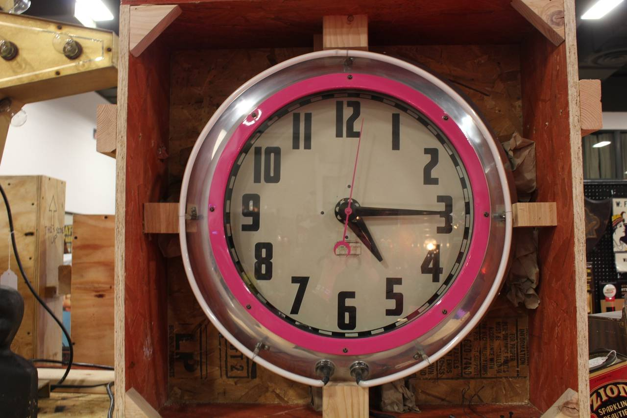 Large 1950s cleveland neon clock at 1stdibs large 1950s cleveland neon clock 3 amipublicfo Image collections