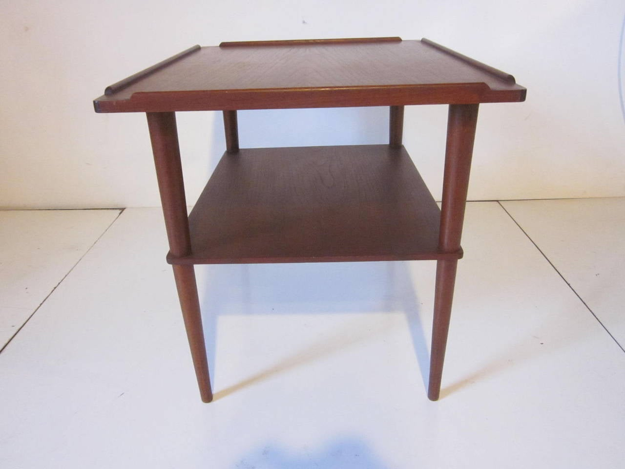 Arne Hovmand-Olsen Danish Teak Wood Side Table In Good Condition For Sale In Cincinnati, OH