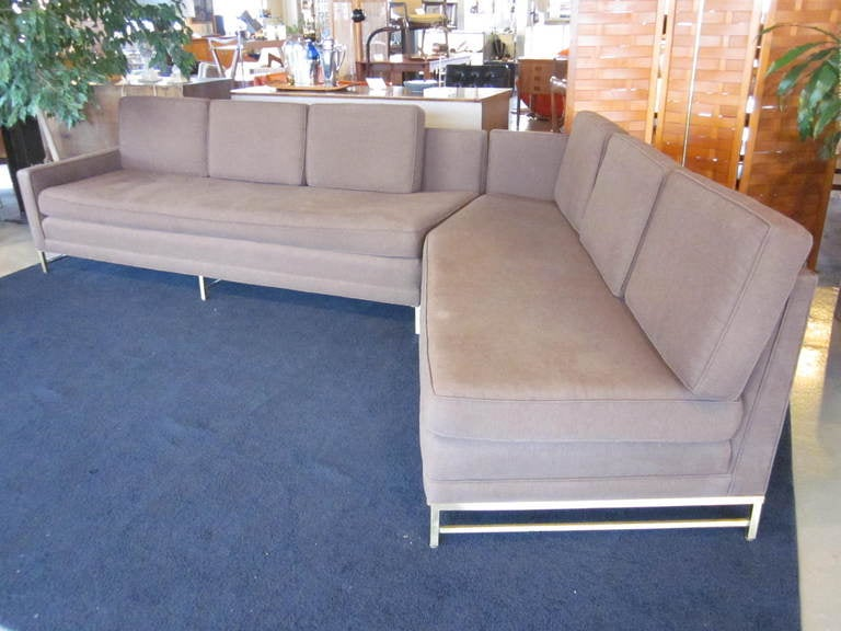 Paul mccobb directional sofa at 1stdibs for Furniture u district