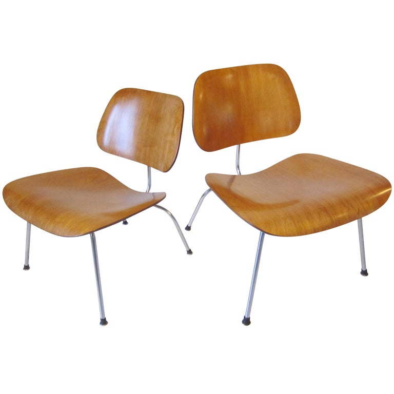 this eames lounge chairs is no longer available