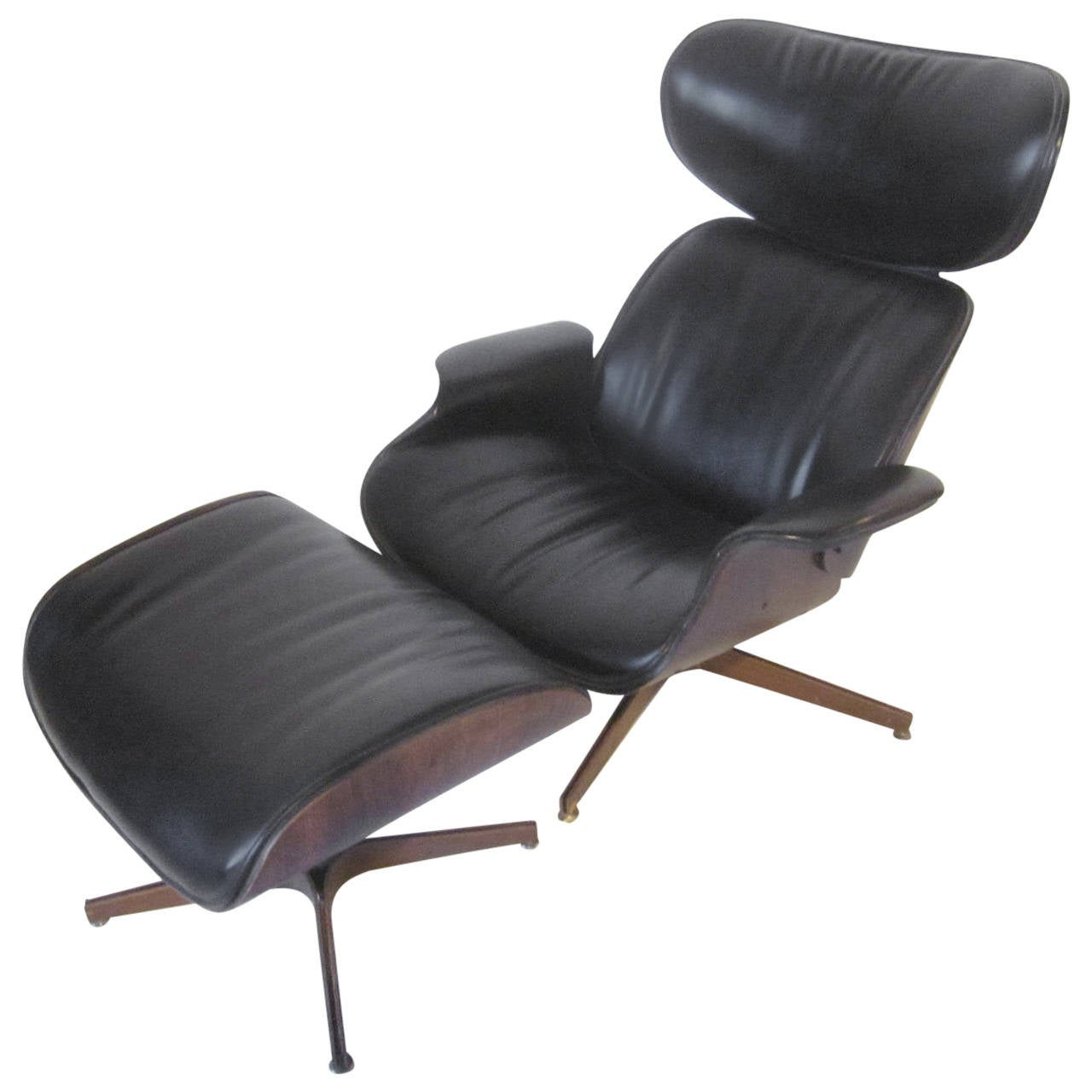 Plycraft Lounge Chair by Mulhauser at 1stdibs