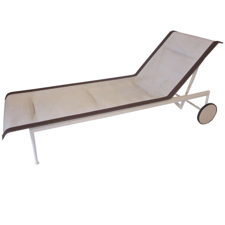 Knoll schultz chaise lounge chair at 1stdibs for Bernard chaise lounge