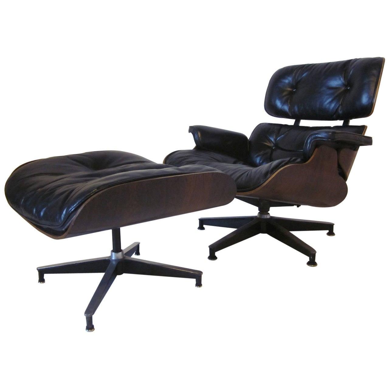 Eames Herman Miller 670 Lounge Chair at 1stdibs