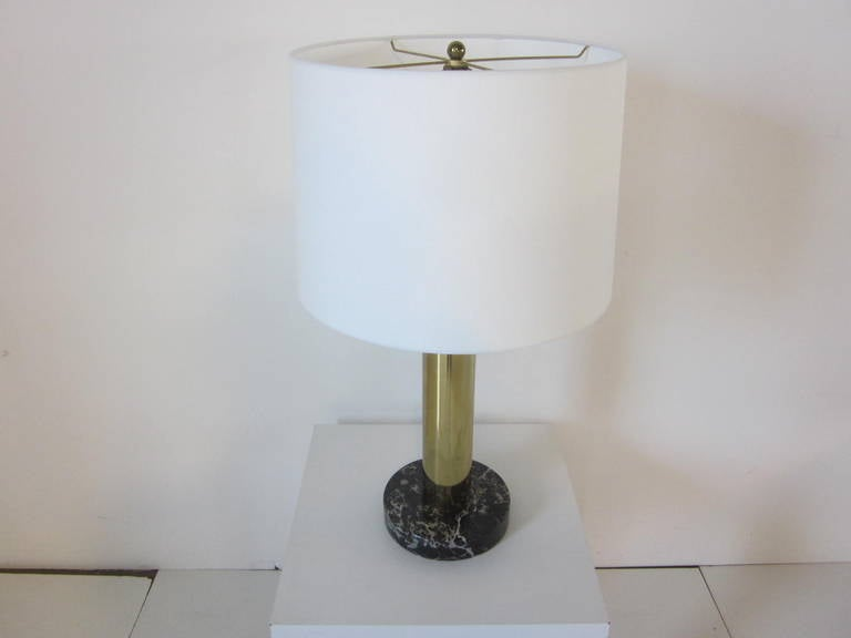 Metal Nessen Brass and Marble Table Lamp For Sale
