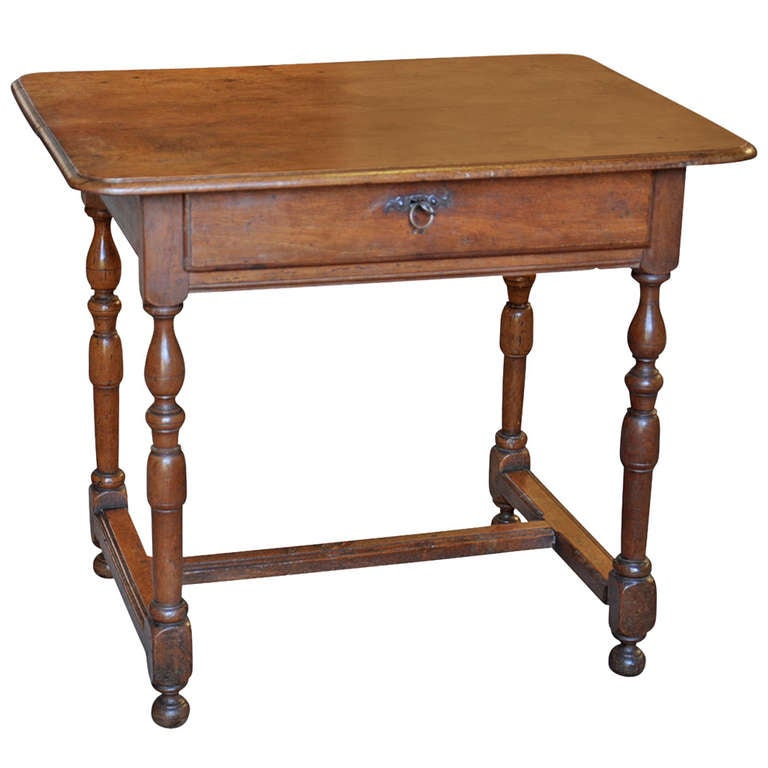 early 19th century french antique louis xiii style side table in walnut at 1stdibs. Black Bedroom Furniture Sets. Home Design Ideas