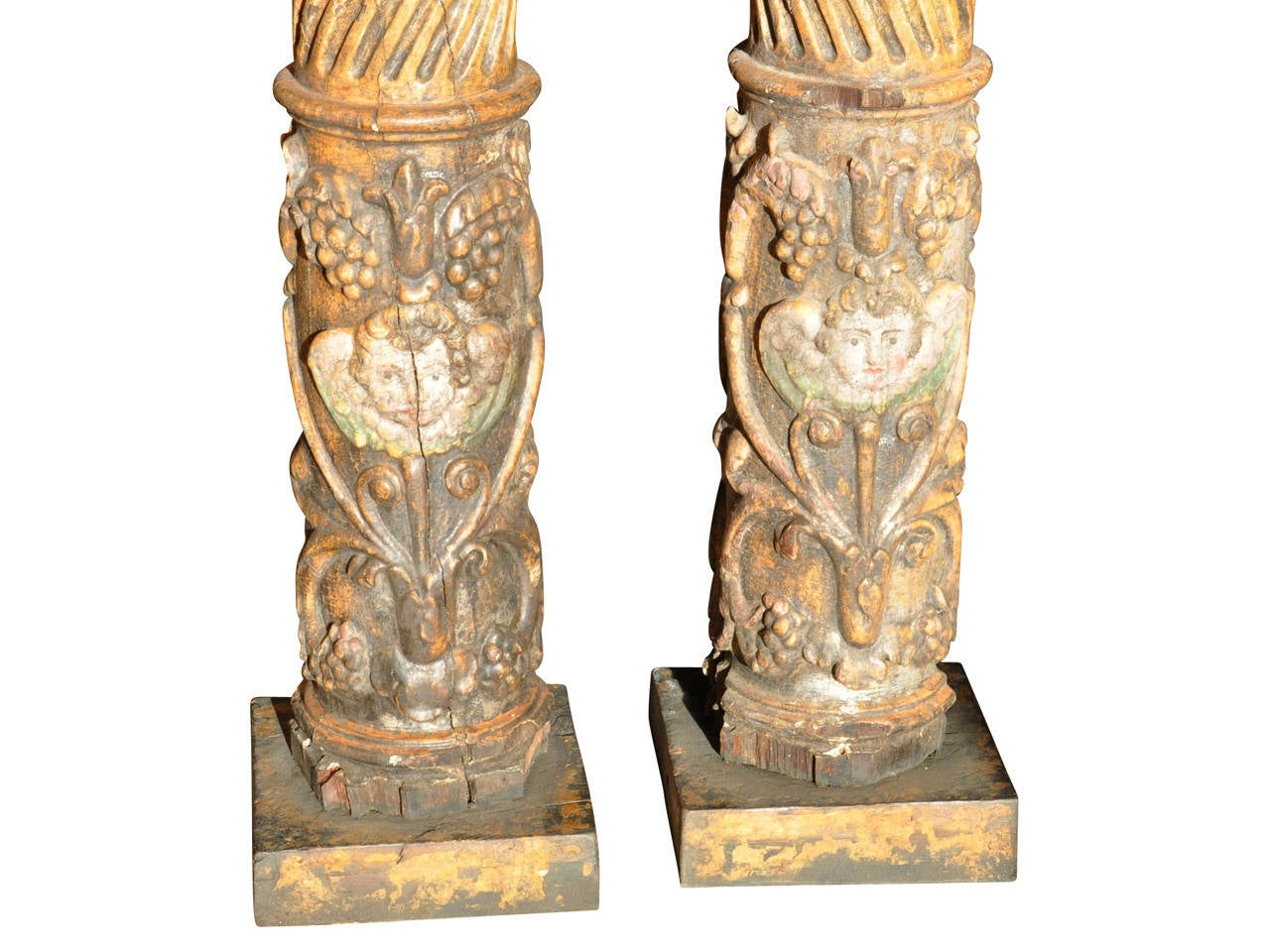Pair of 17th Century Spanish Wooden Columns In Good Condition For Sale In Atlanta, GA