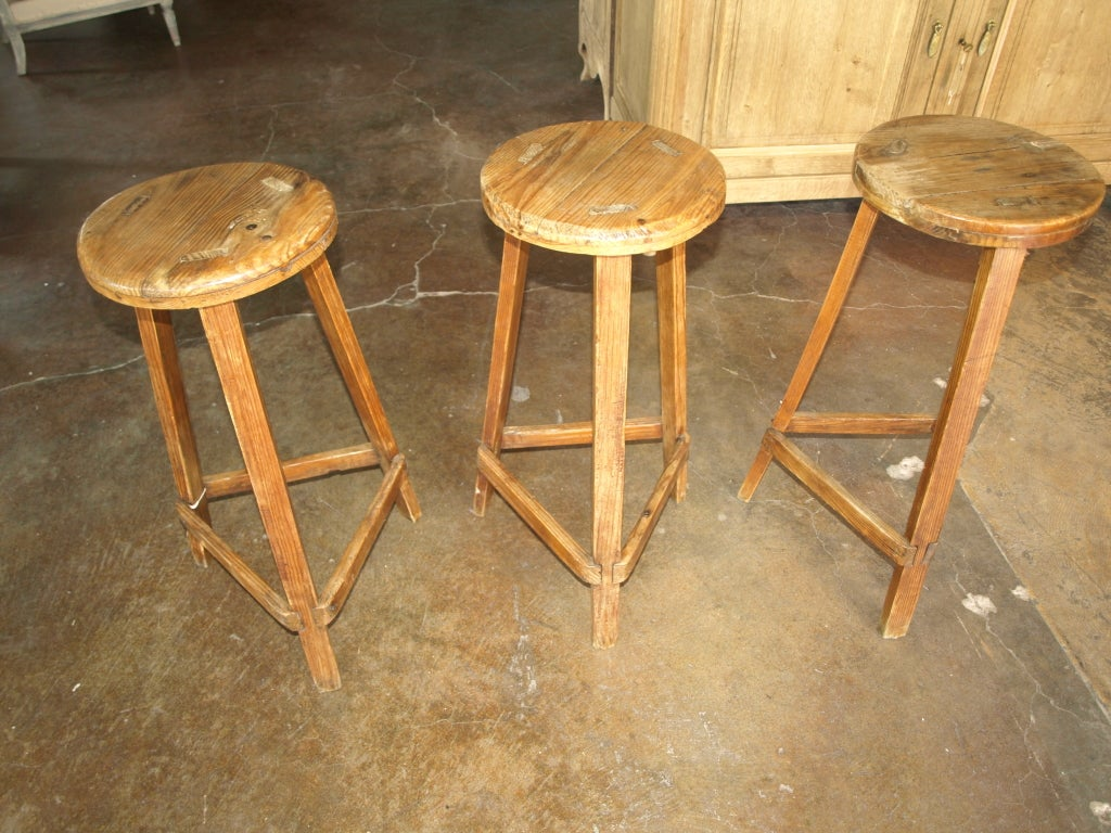 Set Of Three 19th Century Stools In Pine Wood At 1stdibs