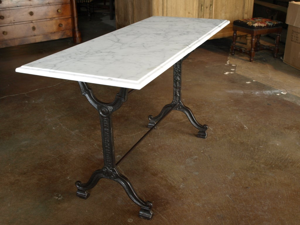 French bistro console table with cast iron base and marble for Wrought iron table bases marble top