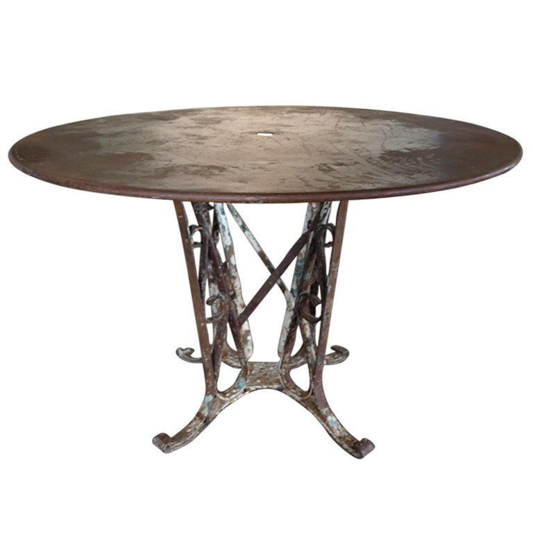 French iron garden table at 1stdibs French metal garden furniture