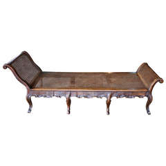 18th Century Venetian Lit De Repos or Chaise Lounge in Walnut and Cane