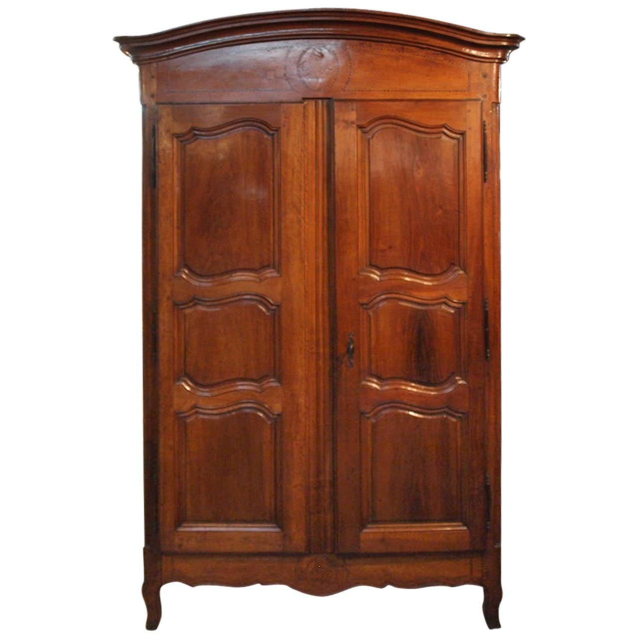 2398622. Black Bedroom Furniture Sets. Home Design Ideas