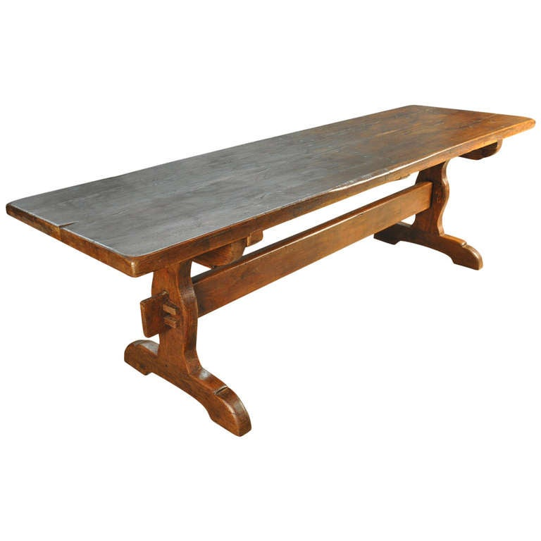 Early 19th Century Farm or Trestle Table in Oak at 1stdibs : 1226282l from www.1stdibs.com size 768 x 768 jpeg 29kB