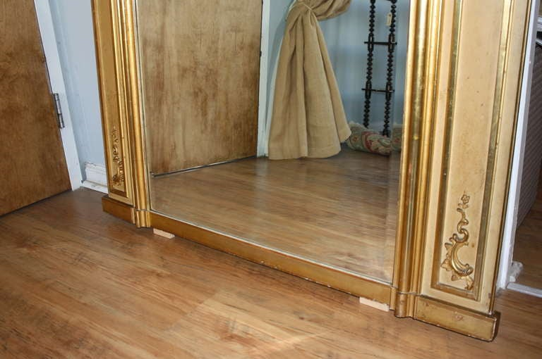 Early 20th Century Louis XV Style Trumeau Mirror in Giltwood 8