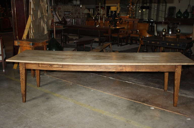 Early 19th Century French Farm Table In Bleached Chestnut Wood 2