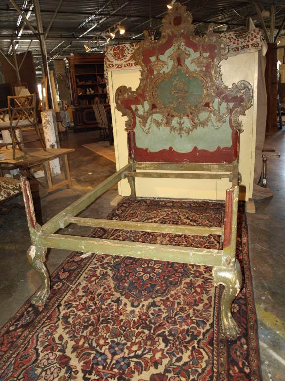 Late 18th Century Italian Bed In Painted Wood At 1stdibs