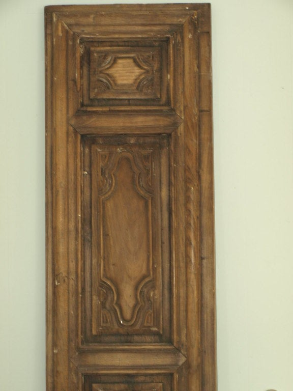 Early 19th Century Italian Panel in Carved Walnut and Oak For Sale 1