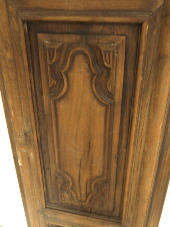 Early 19th Century Italian Panel in Carved Walnut and Oak For Sale 2