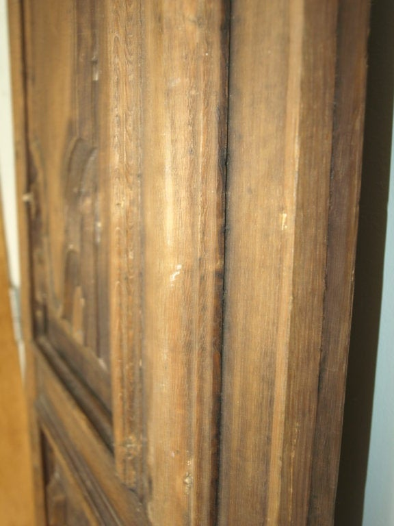 Early 19th Century Italian Panel in Carved Walnut and Oak For Sale 4