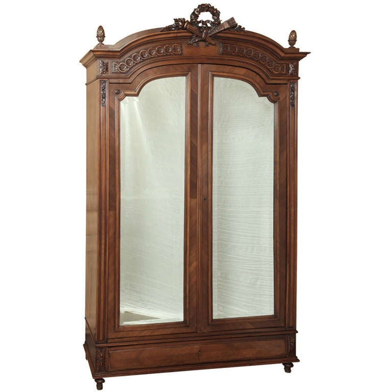 antique french louis xvi walnut armoire at 1stdibs. Black Bedroom Furniture Sets. Home Design Ideas
