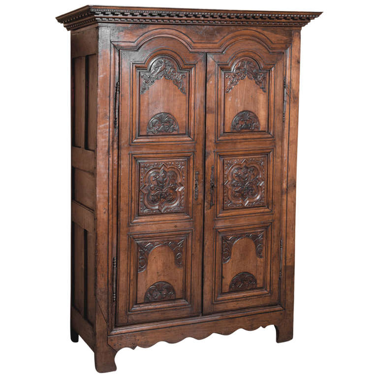 18th Century Country French Armoire For Sale